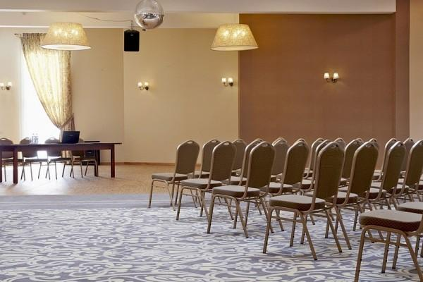 Centrum-Biznesowo-Hotelowe-Lider---Nysa-2