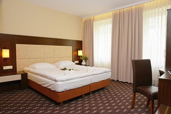 Hotel-Fryderyk-Nysa-1